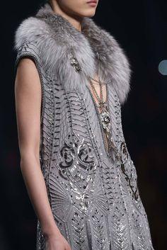 Fashion Details, Boho Fashion, Fashion Show, Autumn Fashion, Womens Fashion, Fashion 2014, Milan Fashion, Roberto Cavalli, Flapper Wedding