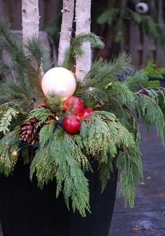 Outdoor Christmas Decoration Ideas - Glowing Globes - Click Pic for 20 Front Porch Christmas Decorating Ideas