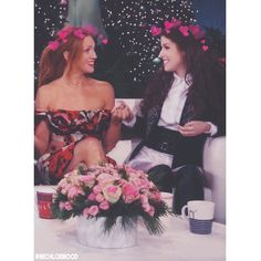 """172 Likes, 8 Comments - L I S I ✨ (@bechloemood) on Instagram: """"» holdin' hands » » » [ ignore TAGS; #bechloe #sendrick #pitchperfect #pitchperfect2…"""""""