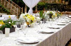 Hawaii Oceanside Estate Wedding Reception Dinner