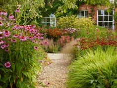 grasses and conifer garden tom stuart smith Tom Stuart Smith, Smith Gardens, Garden Trellis, Garden Path, Traditional Landscape, Garden Cottage, Garden Pictures, Garden Landscape Design, Garden Spaces