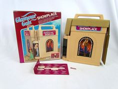 Vtg 1981 Glamour Gals Showplace w/ 16 Dolls & Accessories in Original Box - Wow! #Kenner #DollswithClothingAccessories