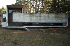 Architecture projects from BAK arquitectos, an Architecture Office firm centered around Concrete Architecture, Residential Architecture, Contemporary Architecture, Art And Architecture, Architecture Details, Concrete Houses, Concrete Facade, Concrete Steps, Exposed Concrete