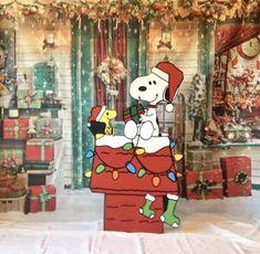 Halloween Yard Art, Christmas Yard Art, Halloween Items, Christmas Wood, Christmas Crafts, Xmas, Christmas Train, Christmas Ideas, Charlie Brown Christmas Decorations