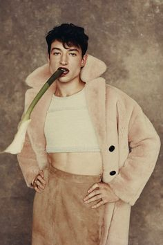 Ezra Miller, Look Man, Queer Fashion, Gq Style, Gq Magazine, Comme Des Garcons, Attractive People, Pretty Men, Androgynous