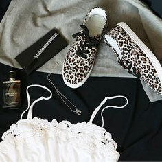 Casual and minimal style in the summer time #style http://www.minimalestetika.wordpress.com