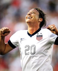 What an emotional night for Abby Wambach! She scored 4 which brought her up to 160 career goals passing Mia Hamm's record of 158
