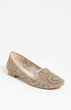 Vince Camuto Lancaster Flat (Nordstrom Exclusive)   Nordstrom $97.95 Available in sizes: 11,12