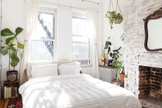 House Tour: A Cozy 650 Square Foot Brooklyn Brownstone | Apartment Therapy