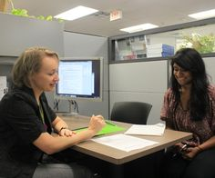 Now that students are enrolled in college, many of them still do not have the slightest clue what to next. They are confused about their choices and concerned about their next steps. Centennial College offers academic advising to students that helps them with these matters and aids them with their academic enrichment.