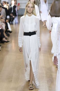 Runway / Oscar de la Renta / New York / Frühjahr 2017 / Kollektionen / Fashion Shows / Vogue