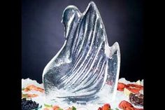 Swan Ice Sculpture Mold  This is a DIY! How easy would that be!!