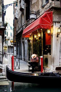 Gondoliere sleeping in Venice