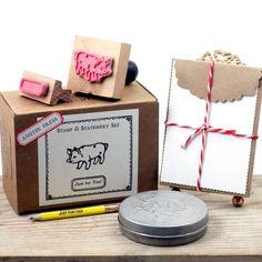 I love this!  #americanmadeebaysweeps Austin-Press-Piggy-Stamp-Set-Keepsake-Collection