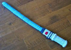 Free Crochet Pattern: Light Saber (maybe one day, if I ever have waaaay too much time on my hands, I'll make one for my geeky boss, lol)