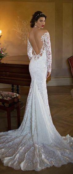 Mooie trouwjurk van kant met lange mouwen   sexy open rug Bruidskleed 106ba3f09cd4