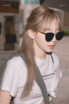 Taeyeon 190904 Incheon Airport from Czech Republic Lee Hyori, Jeonju, Kpop Girl Groups, Kpop Girls, Seulgi, Taeyeon Wallpapers, Nayeon, Korean Girl, Asian Girl