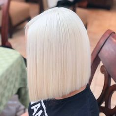Storm 🌬 with a whole lot of patience and 3 sessions later here we are with the perfect healthy color, oh and no toner used. White Blonde Hair, Platinum Blonde Hair, Blonde Color, Vintage Hairstyles, Wig Hairstyles, Hairstyles Videos, Simple Hairstyles, Fancy Hairstyles, Straight Hairstyles