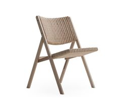 Designed by Gio Ponti and now reissued by Molteni&C. with new finishes and woods, D.270.1 folding chair has a solid ash structure and seat and back covered in woven wicker. Discreet and classy at the same time, D.270.1 can give a twist to any environment and make them unique. Light but solid and comfortable, it won't clutter your rooms and is easy to move. Designed in 1970 but still contemporary, it will fit any modern house.