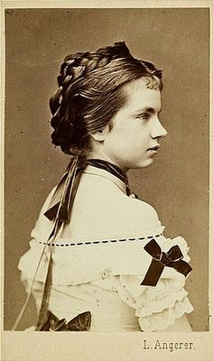 Gisela of #Austria, #Sissi's daughter /// Is an old great #Portrait ...