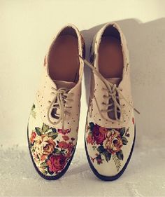 Beautiful Flower Print Women Shoes