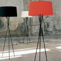 Tripode Floor Lamp