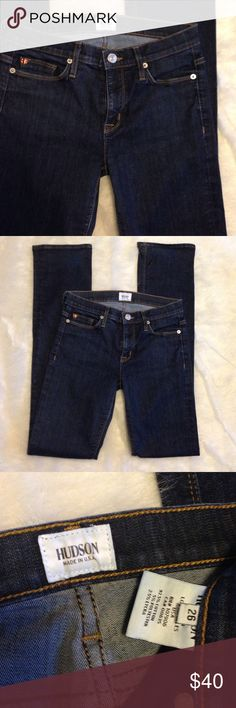 """Hudson Elle mid rise baby boot in Fole wash. Like new pair of Hudson Baby Bootcut. Appx 14"""" across waist flat, 8.75"""" rise, 34"""" inseam, 7.5"""" boot opening flat. 92.5% cotton, 5% polyester, 2.5% Lycra. Hudson Jeans Jeans Boot Cut"""
