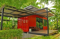 Container House - Shipping container homes utilize the leftover steel boxes used in oversea transportation. Check out the best design ideas here. Who Else Wants Simple Step-By-Step Plans To Design And Build A Container Home From Scratch? Shipping Container Buildings, Shipping Containers For Sale, Shipping Container Homes, Modern Tiny House, Tiny House Living, Tiny House Design, Container Home Designs, Building A Container Home, Container House Plans