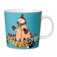The Arabia artist Tove Slotte-Elevant has designed the delightful Moomin tableware collection for children in keeping with the original drawings. The high quality porcelain mugs are made in Finland and are microwave and dishwasher safe.