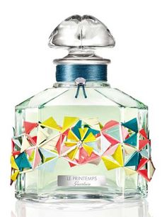 Les Quatre Saisons - Le Printemps is a limited perfume by Guerlain for women and men and was released in The scent is green-powdery. Parfum Guerlain, Fragrance Parfum, New Fragrances, Perfume Packaging, Top Perfumes, Magical Makeup, Cosmetics & Perfume, Beautiful Perfume, Vintage Perfume Bottles