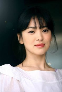 Song Hye-kyo (송혜교) - Female - (She is an amazing actress. She's younger in this picture. Song Hye Kyo, Song Joong Ki, Korean Beauty, Asian Beauty, Korean Girl, Asian Girl, Korean Actresses, Korean Actors, Ulzzang Girl