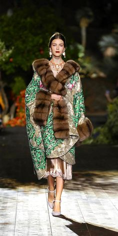 Dolce & Gabbana Alta Moda осень 2015