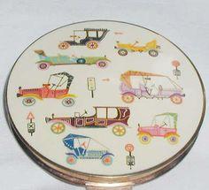 Vintage Stratton Powder Compact ,Enamelled    Automobiles
