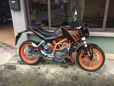 Ktm Duke 200, Duke Bike, Hot Bikes, Dirtbikes, Iphone Wallpaper, Cars, Amor, 200cc Dirt Bike, Super Bikes