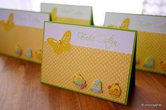 Osterkarte-Ostern-Karte-Osterküken-Küken-drei-Schmetterling-gelb-Ei-geschlüft-Eierschale-niedlich-Stanzteile-weiß-Perlen-Nest-Frohe-Ostern-Punkte-Eier-4-Karten-Set