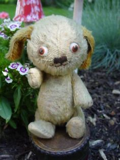 Antique Einco Google Glass Eyed Standing Tubby Dog (06/19/2010)