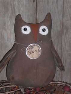 Google Image Result for http://choosemoose.com/wp-content/uploads/2010/07/PrimitiveHalloweenOwl.jpg