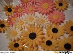 Těsto na růžičky  -  Marcipán Marshmallow, Fondant, Cake, Desserts, Food, Birthday Cake Toppers, Tailgate Desserts, Deserts, Kuchen