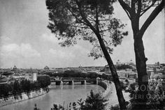 Panorama dall'Aventino  1941/1942 City, Places, Costume, Rome, Italia, Photos, Cities, Fancy Dress, Costumes