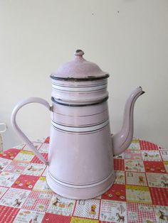 Pink French Press Coffee Maker : Coffee Maker Collection on Pinterest Coffee Maker, Espresso Coffee and Coffee Percolator