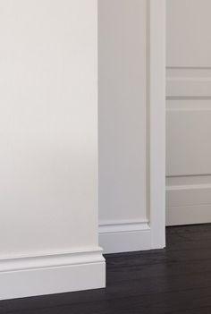 Ecco le nuove Boiserie realizzate da Art e Parquet: decorazioni e rivestimenti in legno con incisioni, decorazioni e intarsi. Un`altro prezioso servizio di Art e Parquet per donare un tocco di classe, stile, unicità ai vostri ambienti. Personalizzare le coperture con le decorazioni in boiserie conferisce un`atmosfera unica e ricercata in qualsiasi tipo di spazio, …