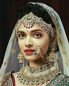 Jewellery Meaning Etymology on Jewellery Box Au amid Indian Bridal Jewelry Online Shopping; Indian Bridal Jewelry Sets For Sale Indian Bridal Makeup, Indian Bridal Fashion, Indian Wedding Jewelry, Bridal Jewelry, Wedding Makeup, Bridesmaid Jewelry, Pakistani Bridal, Bridal Lehenga, Lehenga Choli