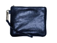 Charge your iPhone on the go with this genius wireless phone charging purse from Everpurse