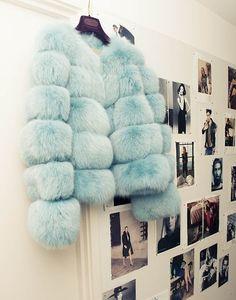 Ways To Treat Yourself With Tiffany Blue Faux fur coatFaux fur coat Fur Fashion, Look Fashion, Sporty Fashion, Fashion Women, Fashion Outfits, Fashion Design, Blue Fur Coat, Rihanna E, Moda Formal