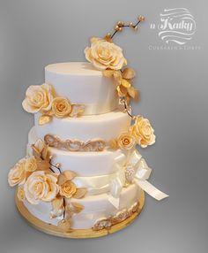 Wedding cake - Cake by Katka Cupcake Shops, Beautiful Wedding Cakes, Catering, Bakery, Cupcakes, Fun, Home Decor, Cake, White Weddings