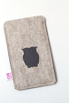Cell phone case OWL made to fit your Iphone or any por StudioBIG