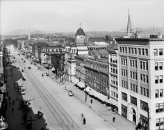North Street from the park, Pittsfield, Mass. 1906. Tintype Telegram – Historical news, photos and other ephemera from days gone by. http://tintypetelegram.com/2017/04/29/park-square-1906/