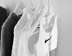 Wardrobe like this loosy wide and with a white and black Nike Sportsbra and knitwear