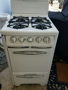 Vintage-Gas-Cooker-Very-Rare-With-Lighter-On-Side | OLD cook ...