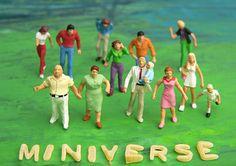 """Die Welt aus einem völlig anderen Blickwinkel, bietet die Miniverse-Serie von """"chinguri"""" auf flickr. Unbedingt ansehen: http://www.flickr.com/photos/uno-bremen/sets/72157632399028873/"""